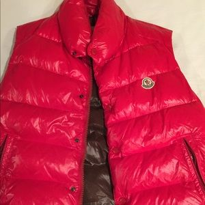 Men's red Moncler vest jacket sz L